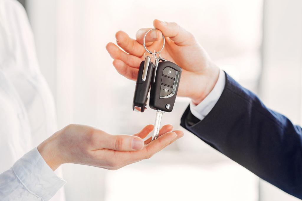 Fin de contrat avec Hertz et nouvelle collaboration avec Europcar